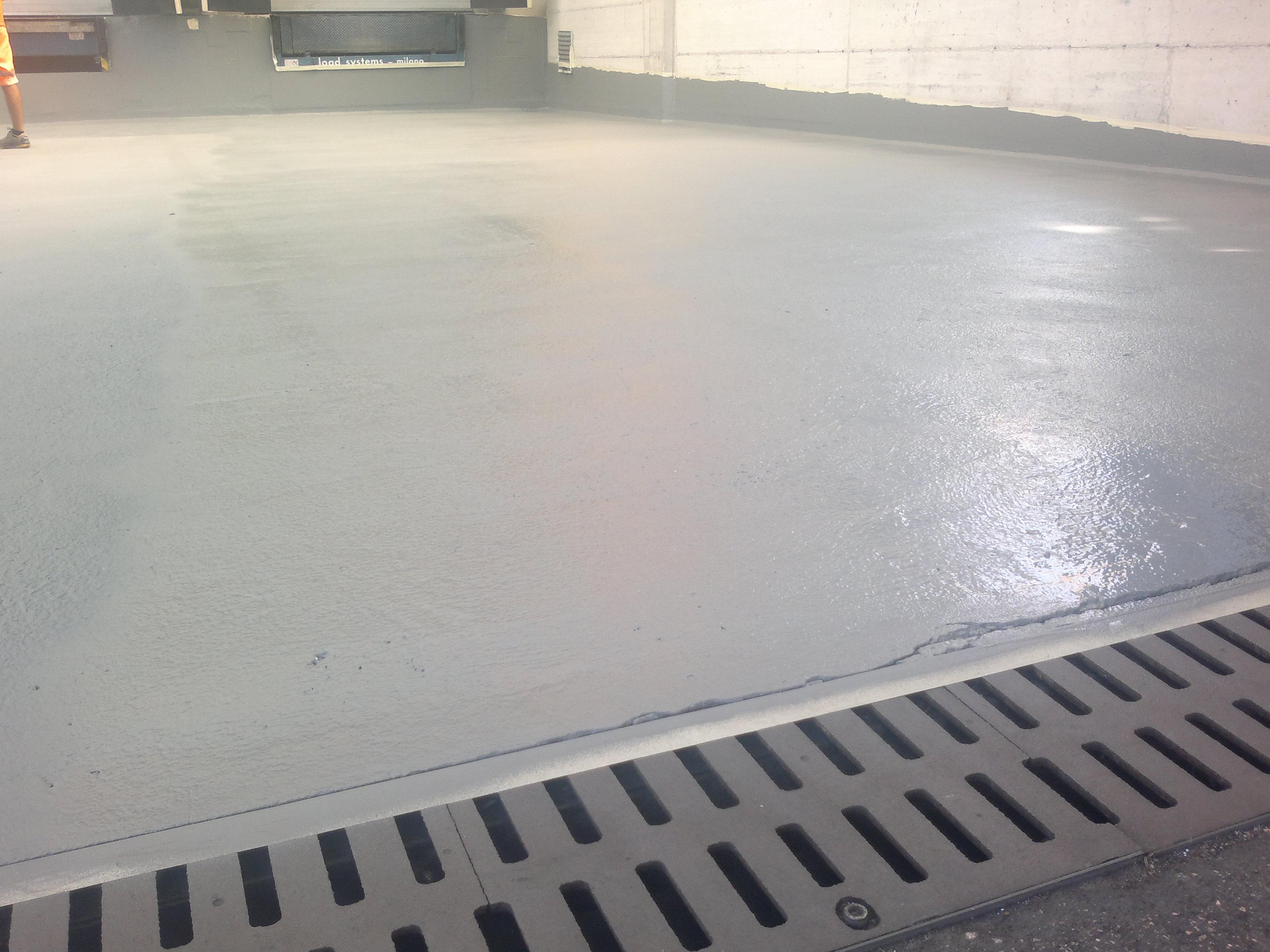 Guaina liquida per pavimenti in cemento – Profilati alluminio