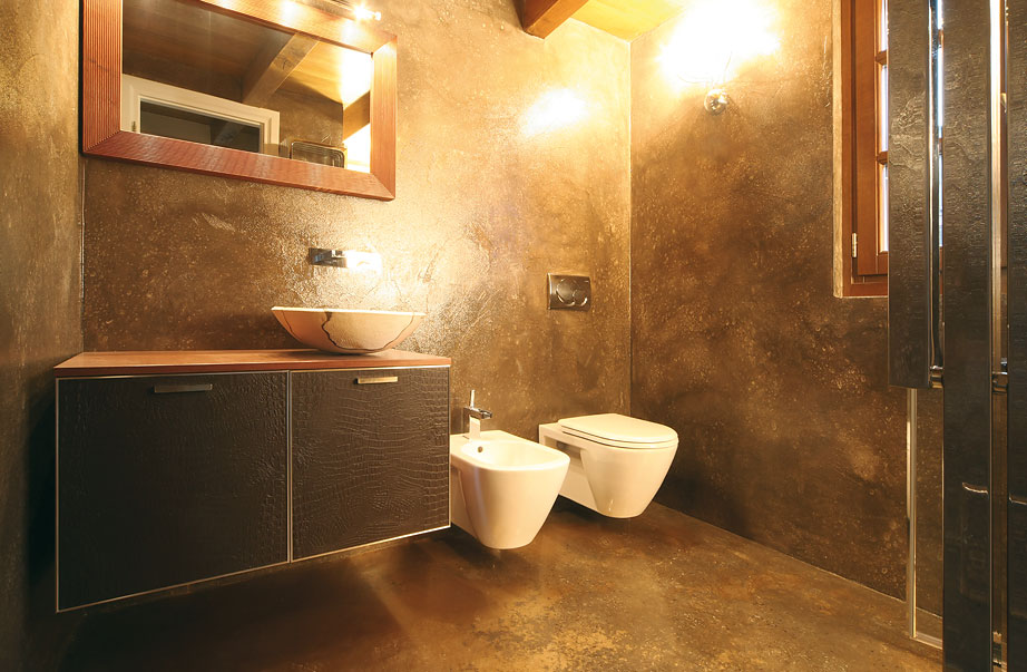 Bagno color oro - Pavimento resina bagno ...